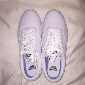 Nike SB Tennis shoes